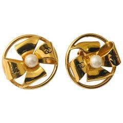 Vintage 1980's Goldtone Chanel Pinwheel and Pearl Earrings