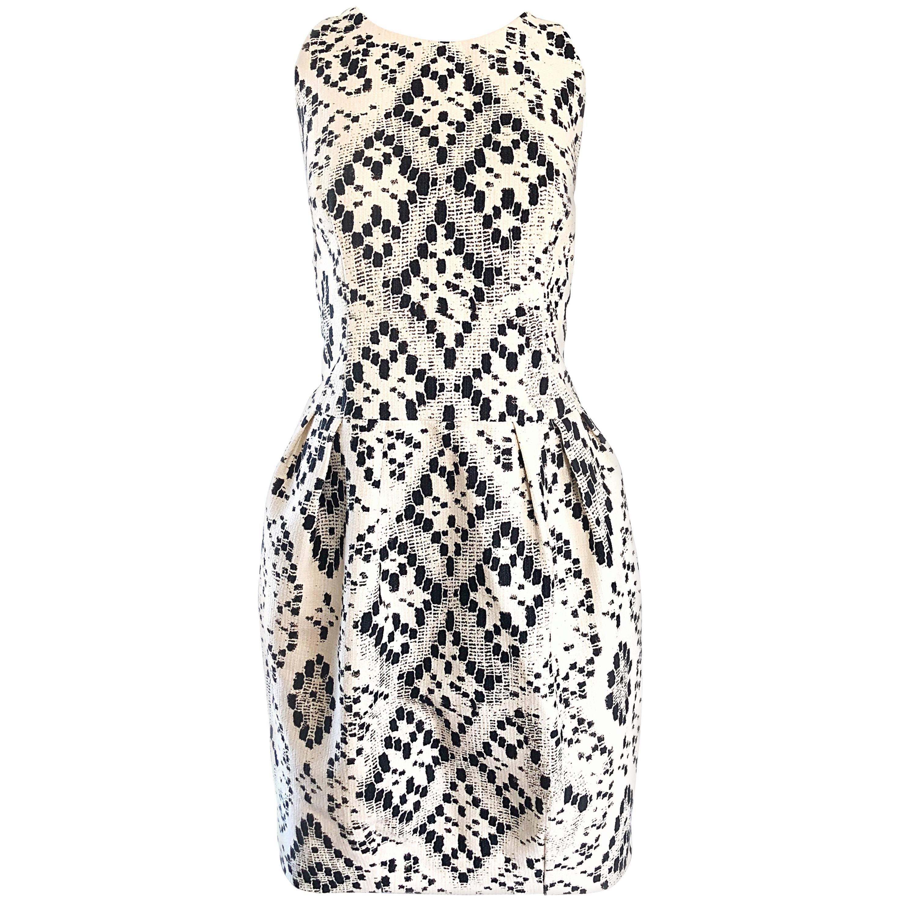 Giambattista Valli Size 10 / 12 Black and White Abstract Sleeveless Dress