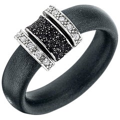 Black Neoprene with Silver Metal Ring