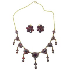 1920s Vintage Art Deco Garnet Gold Necklace and Earrings
