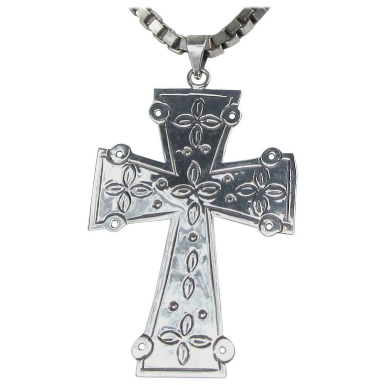 Vintage large mexican sterling silver cross chain necklace vintage large mexican sterling silver cross chain necklace unisex for sale aloadofball Images