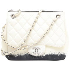 CHANEL Bag in Beige and Black Lamb Leather