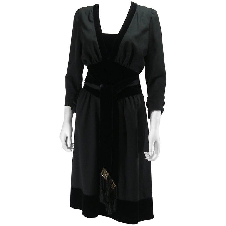 Azzaro Velvet and wool Dress Size 42 IT 38 FR 6 US