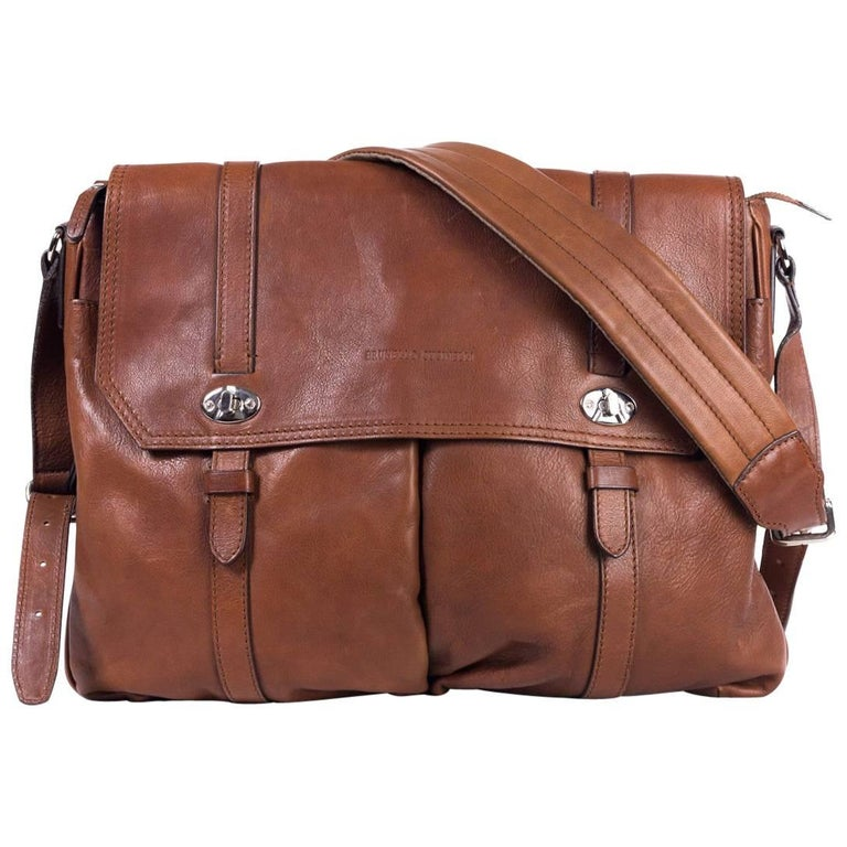 Brunello Cucinelli Men s Brown Leather Expandable Messenger Bag For Sale 0ac30b2168