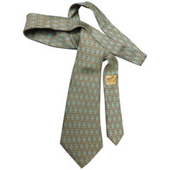 Hermes 931 HA Olive Green and Gold Horse Bit Chain Link Vintage Silk Tie