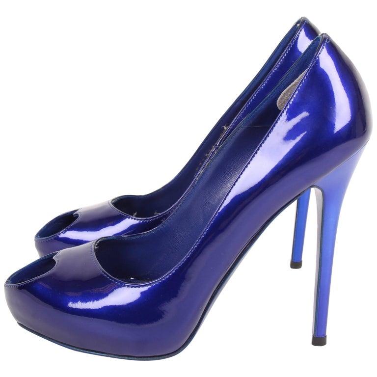 Alexander McQueen Heart Peep-toe Pumps Patent Leather - metallic blue