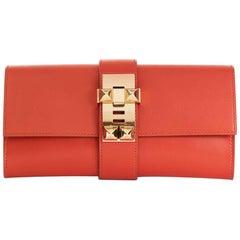 Hermes Sanguine Tadelakt Leather Medor 23 Clutch