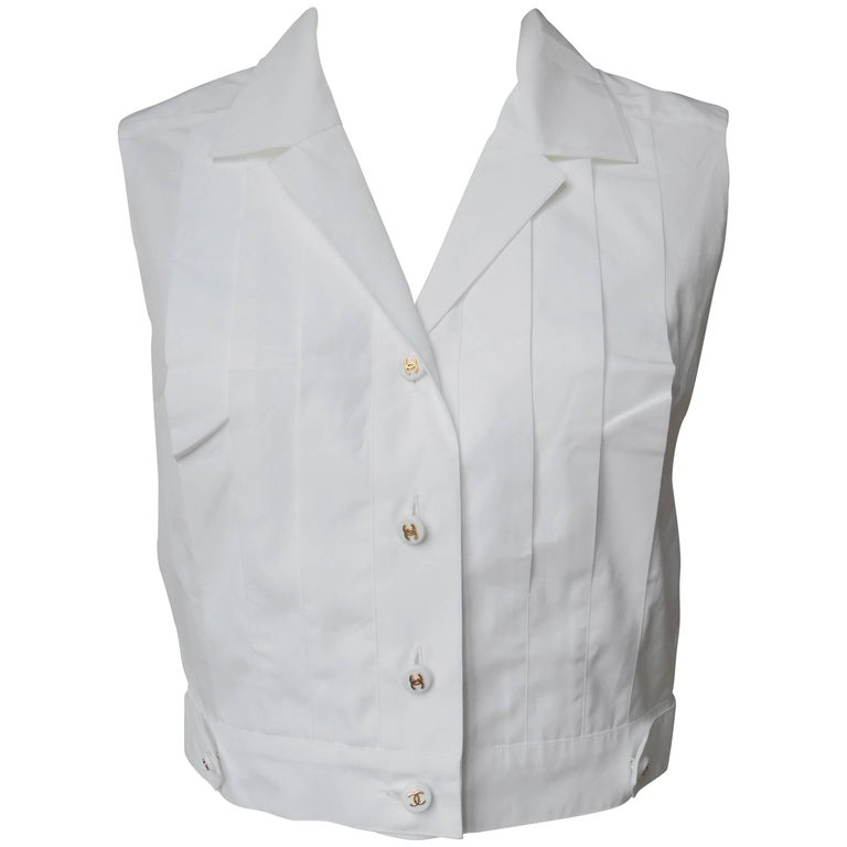 Chanel boutique White Pleated Cotton Sleeveless Button Front Shirt