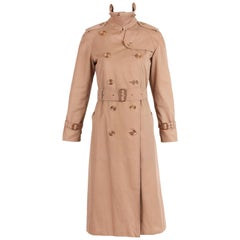 Classic Burberry Trench Coat in Camel w/Plaid Interior Lining