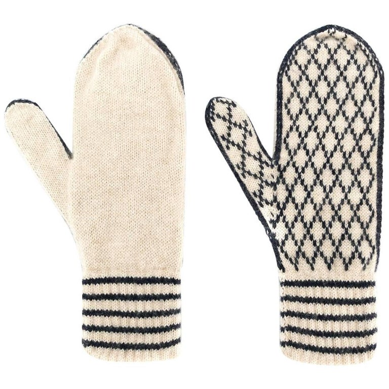 Chanel Knitted Cashmere Mittens