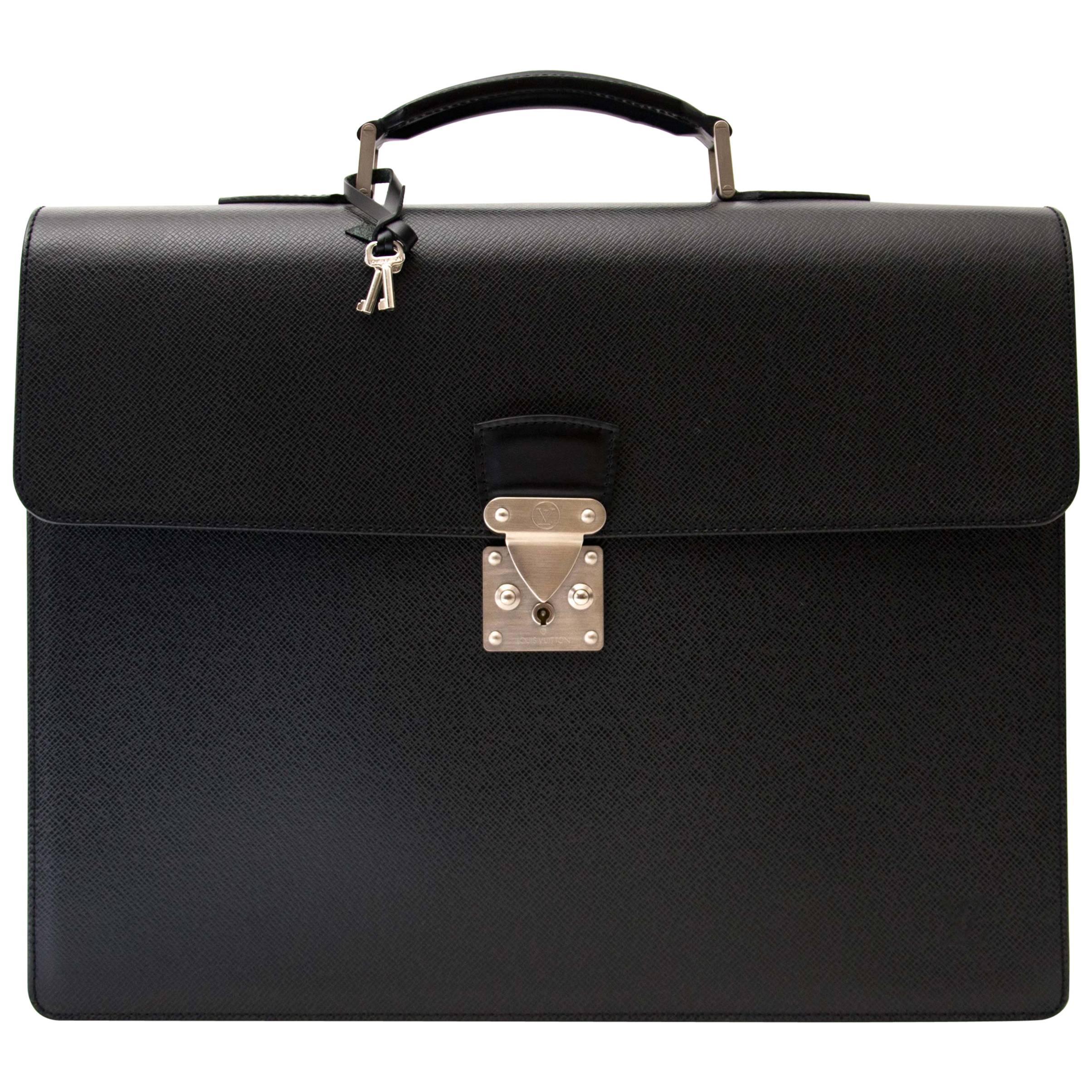 Louis Vuitton Briefcase Associé Taïga
