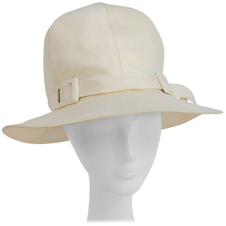 1960s White Mod Linen Cloche Hat