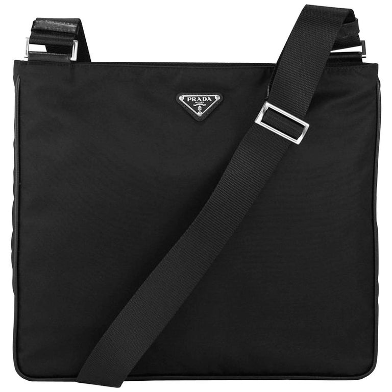 00f002474305c6 Prada Black Tessuto Nylon Messenger Crossbody Bag For Sale at 1stdibs