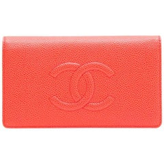 CHANEL Card Holder in Coral Grained leather