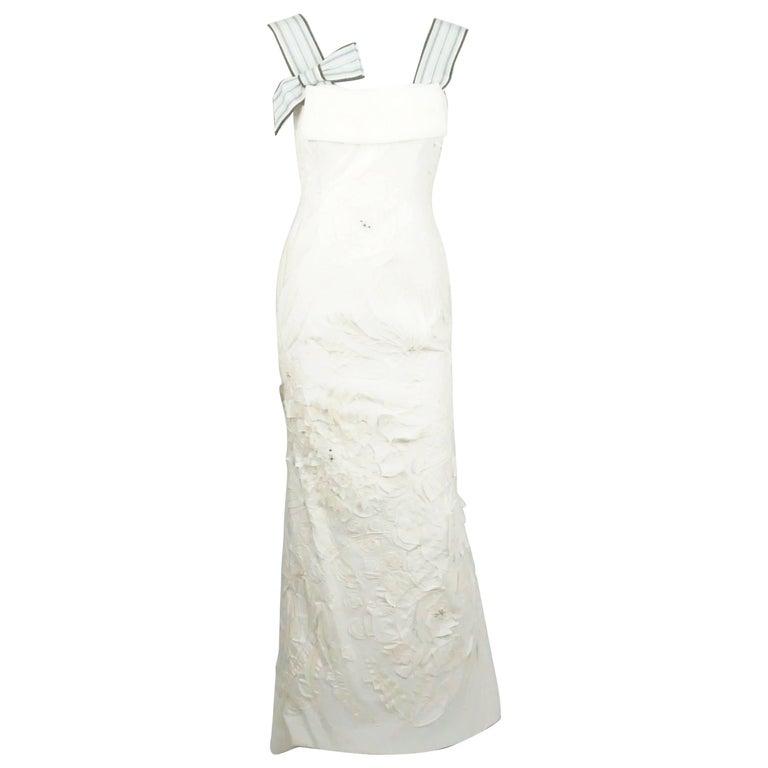 Carolina Herrera Ivory Cotton/Linen and Silk Applique Gown - 6