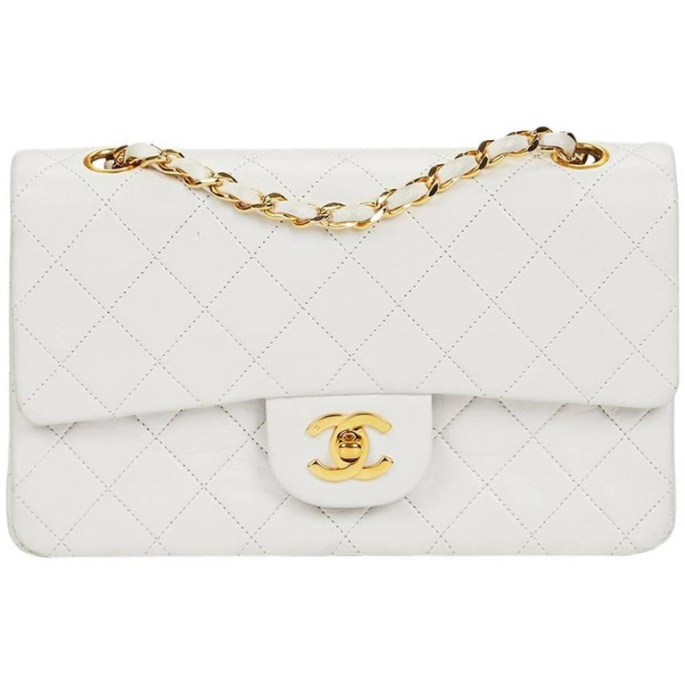 Chanel White Quilted Lambskin Vintage Small Classic Double Flap Bag  For Sale
