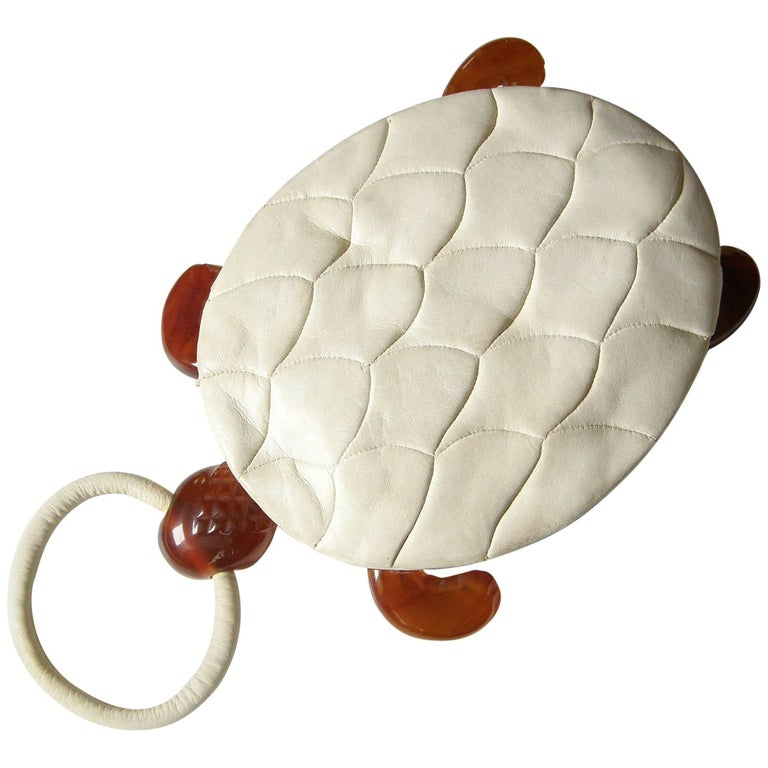 Turtle Shaped Handbag in Cream Leather and Carved Bakelite