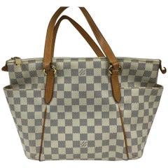 Louis Vuitton Totally Handbag Damier PM