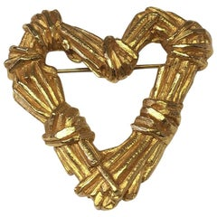 CHRISTIAN LACROIX Vintage Heart Brooch in Gilded Metal