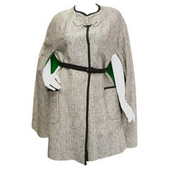 1960s Herringbone Cape w/ Apple Green Lining