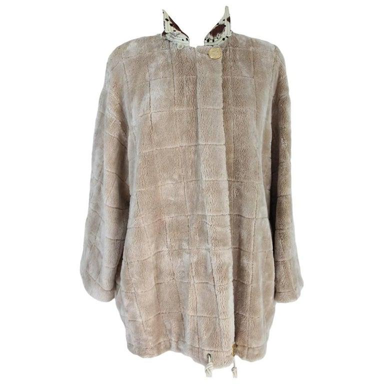 Gianfranco Ferre vintage faux fur beige jacket with detachable hood