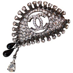 Chanel brooch representing an eye with tears, 2008