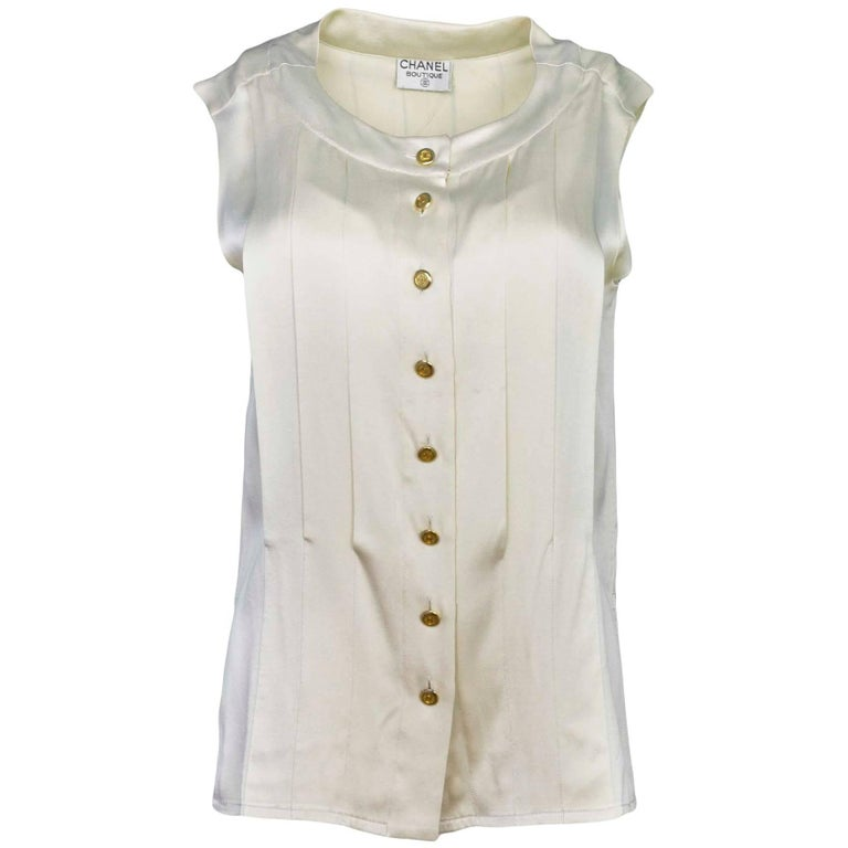 d5413d917fc9a Chanel Cream Silk Pleated Button Down Top sz M For Sale at 1stdibs