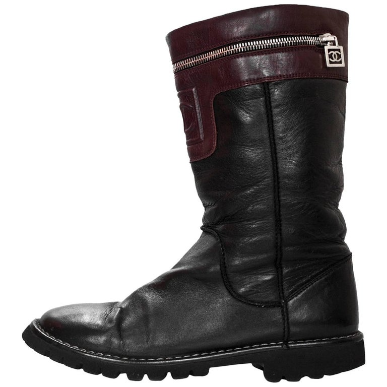 Chanel Black & Burgundy Calfskin Moto Zipper Boots Sz 40 For Sale
