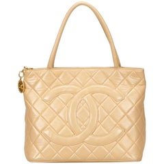 Chanel Lambskin Leather Medallion with Gold Hardware in Cream