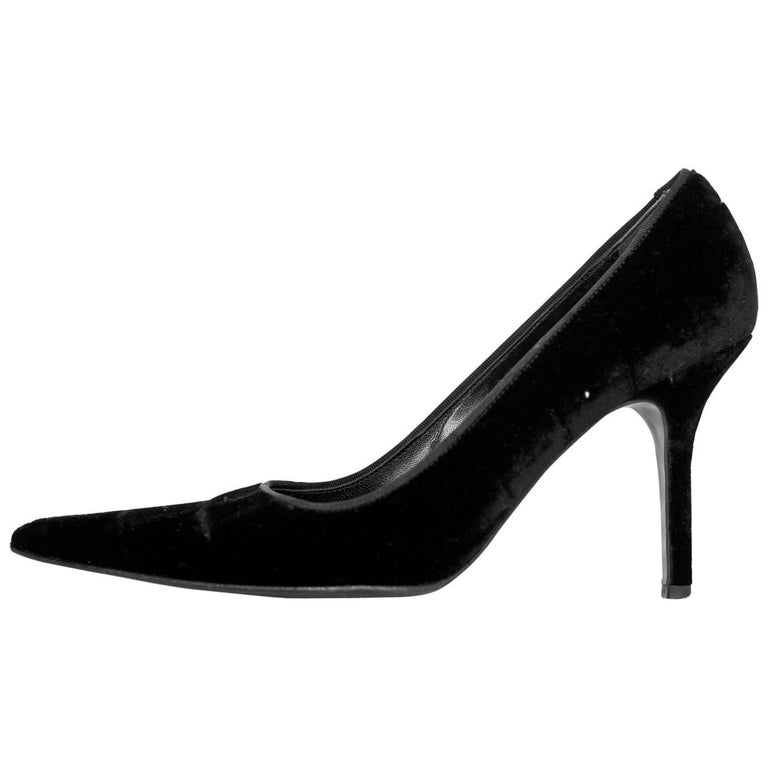 Dolce & Gabbana Black Velvet Pumps Sz 38 For Sale