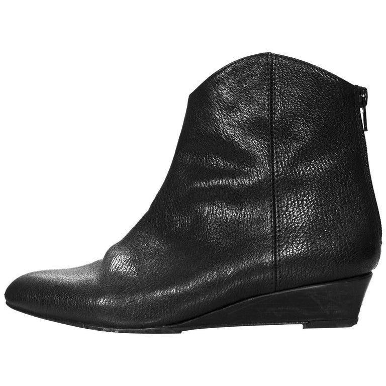 Stuart Weitzman Black Leather Ankle Boots Sz 6 For Sale