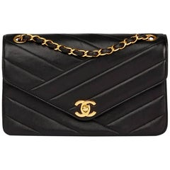 Chanel Black Chevron Quilted Lambskin Vintage Classic Single Flap Bag
