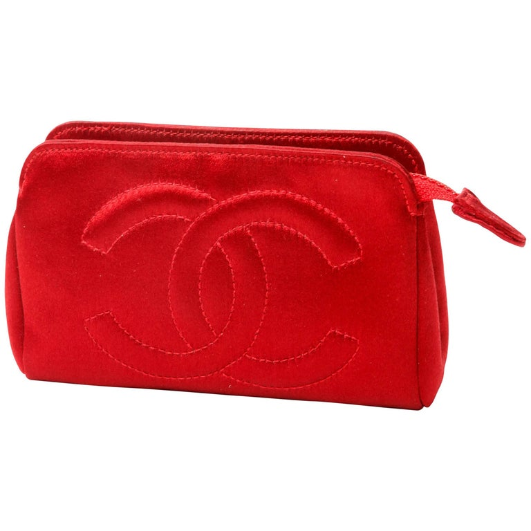 Chanel Red Silk Purse with Gold Hardware