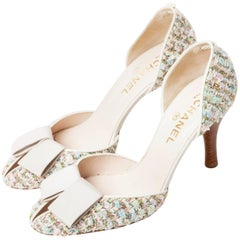 Chanel  Pastel Tweed D'Orsay Pumps with Grosgrain Ribbon Bows  - Size 40 / 10