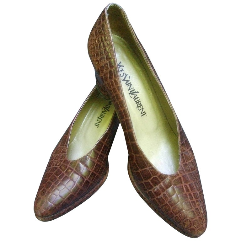 Yves Saint Laurent Italian Embossed Brown Leather Pumps US Size 7.5 M For Sale