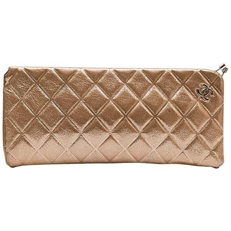 Chanel Evening Clutch in Iridescent Gold Lamé Leather