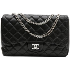 CHANEL 'Jumbo' Flap Bag in Black Smooth Quilted Lambskin Leather