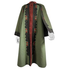 Pilgrim coat in khaki and red woolen cloth - France - Around 1900