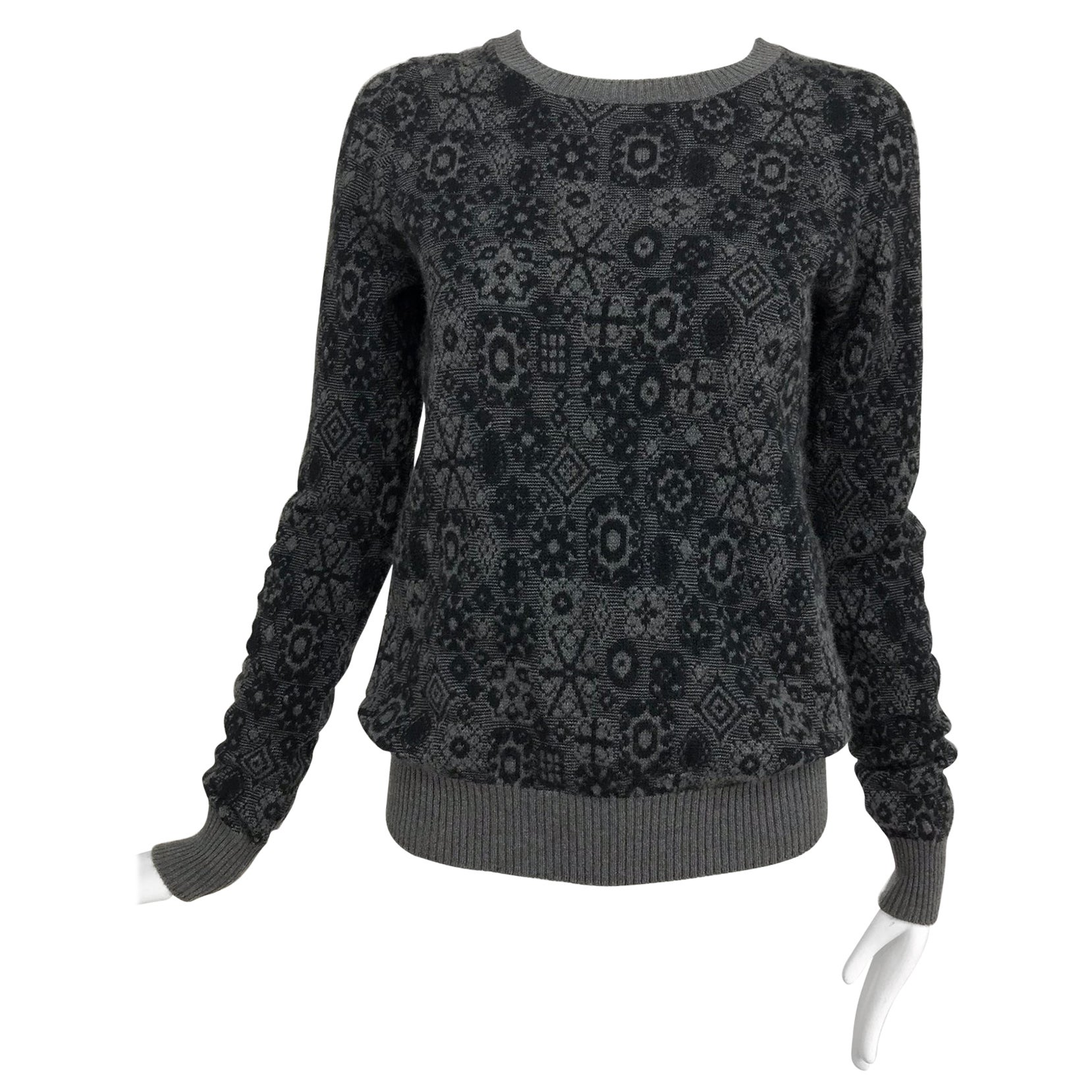Chanel grey cashmere pull on sweater