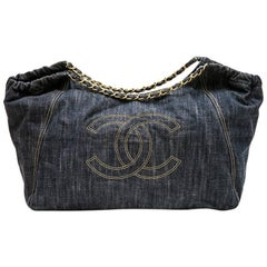 CHANEL Bag in Blue Denim Fabric with Beige Stitching