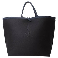 YVES SAINT LAURENT Big Bag in Black Boiled Wool