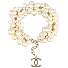 CHANEL Necklace Cream & Light Gold Pearl Cluster Chain Spring 2013