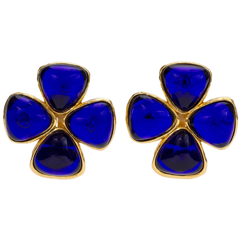 Chanel Blue Gripoix Clover Clip Earrings, 1980s For Sale ...