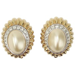 1980's Ciner Faux Pearl & Rhinestone Gold Tone Clip On Earrings