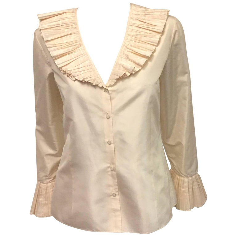 Oscar de la Renta Ivory Silk Taffeta Blouse W Tiered Pleated Collar and Cuffs