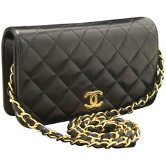 Chanel Chain Shoulder Bag Clutch Black Quilted Flap Lambskin Gold