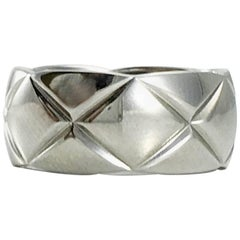 Chanel 'Coco Crush' White Gold Ring