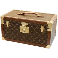 Louis Vuitton Monogram Case with Mirror Travel Beauty Boite Bouteilles et Glace