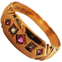 Art Deco ring in 15ct gold set with diamonds and rubies