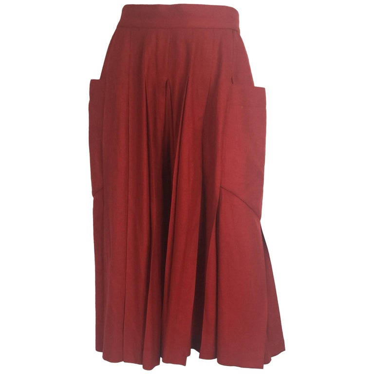 Chloé burnt orange pleated wool shorts culottes